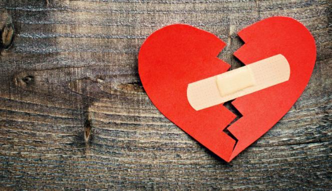 5 hal yang dilakukan pria saat berpisah