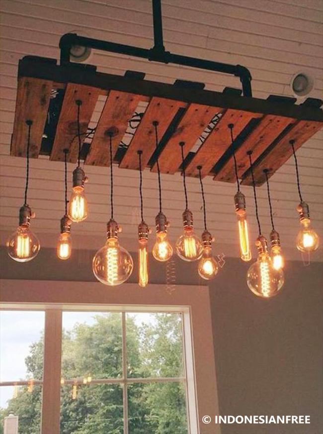 Gantungan Lampu kreasi unik dari kayu bekas