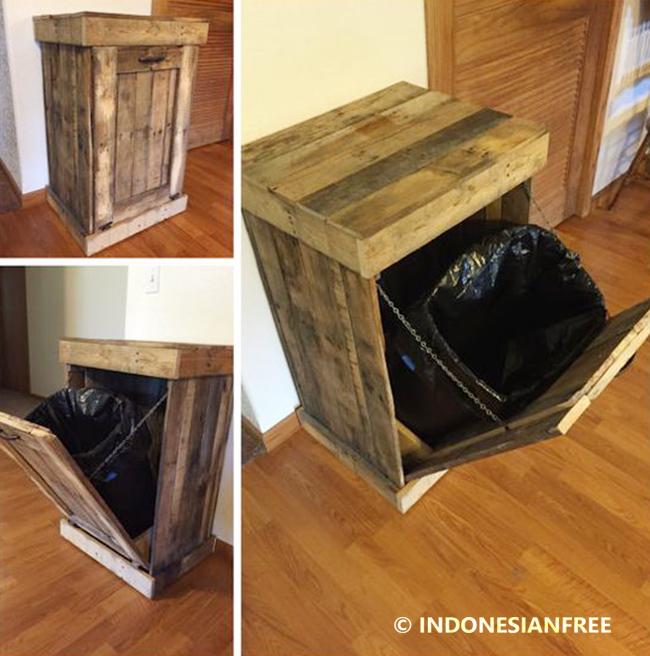 Tempat Sampah kreasi unik dari kayu bekas