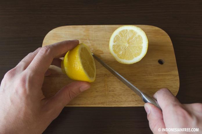 cara mudah membersihkan peralatan dapur