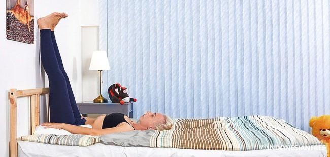 gerakan yoga agar tidur nyenyak