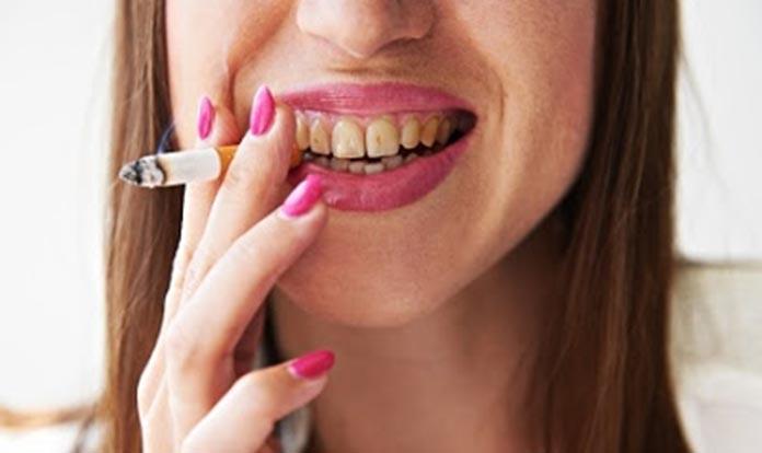 bahaya merokok bagi wanita muda
