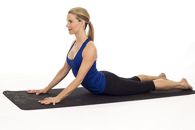 latihan yoga untuk memperbesar payudara Pose Cobra
