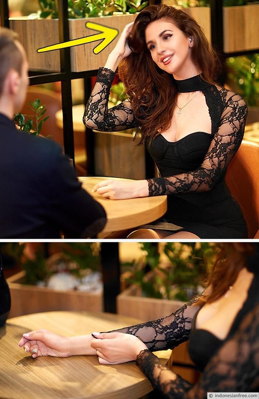 bahasa tubuh wanita jatuh cinta kepada pria