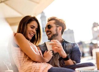 berteman dengan pacar di sosial media