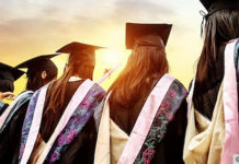 keuntungan memiliki pendidikan tinggi